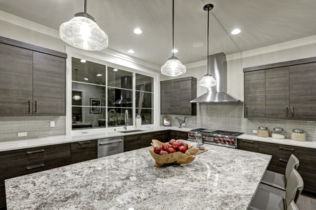 Quartz Countertops by Extreme Granite and Marble